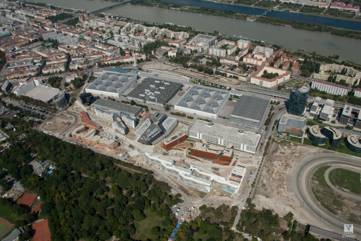 a-aerial-view-of-wu-campus