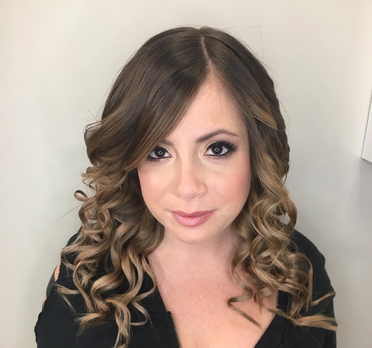 Medium Layered Curly Haircut