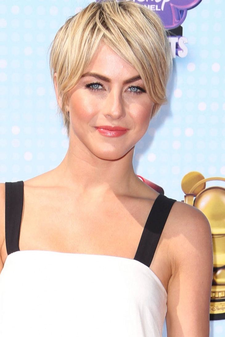 Julianne Hough Short Layered Pixie Haircut