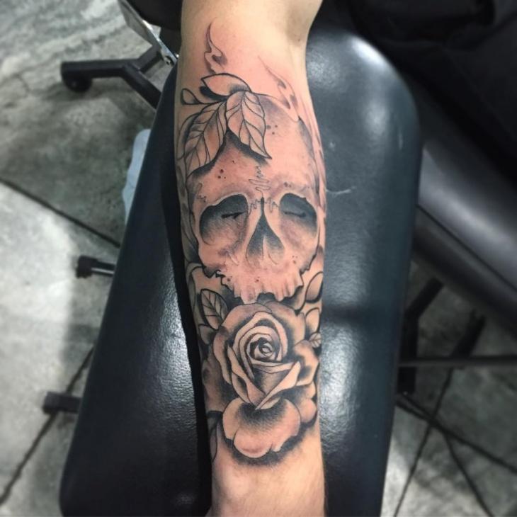Skull Forearm Sleeve Tatto