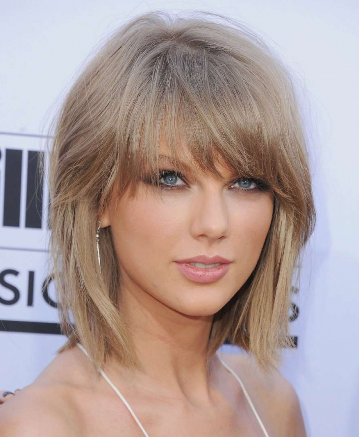 Taylor Swift Medium Length Angular Fringe Hair