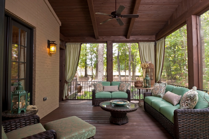 Traditional Porch living room