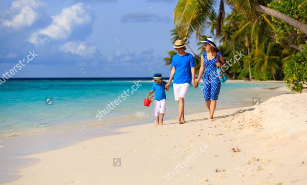tropical beach family photography