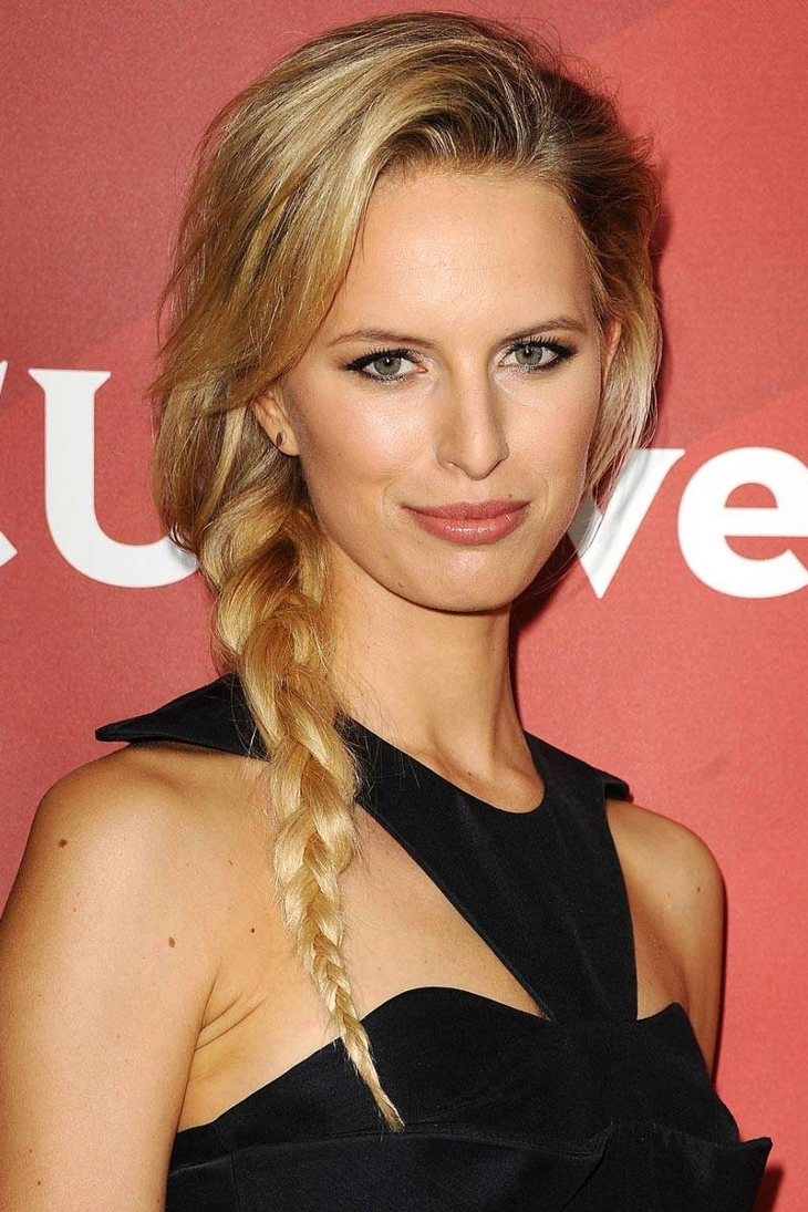 Karolina Kurkova Fishtail side Braid Hairstyle