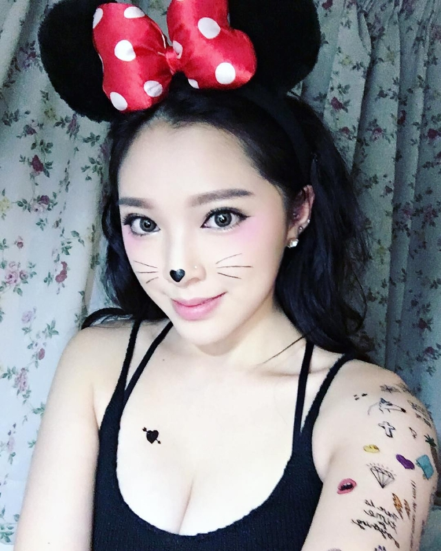 mickey mouse inspired makeup design