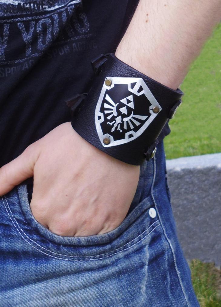Black Zelda bracelet