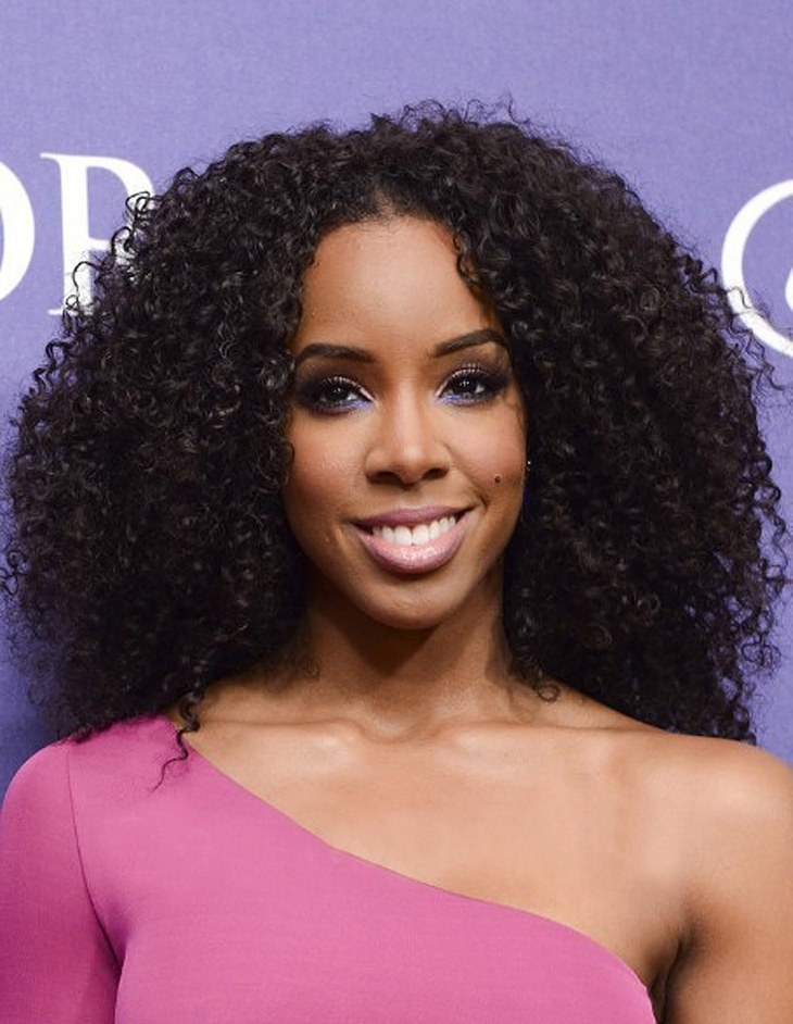 kelly rowland short curly sew in hairstyle for black hair1