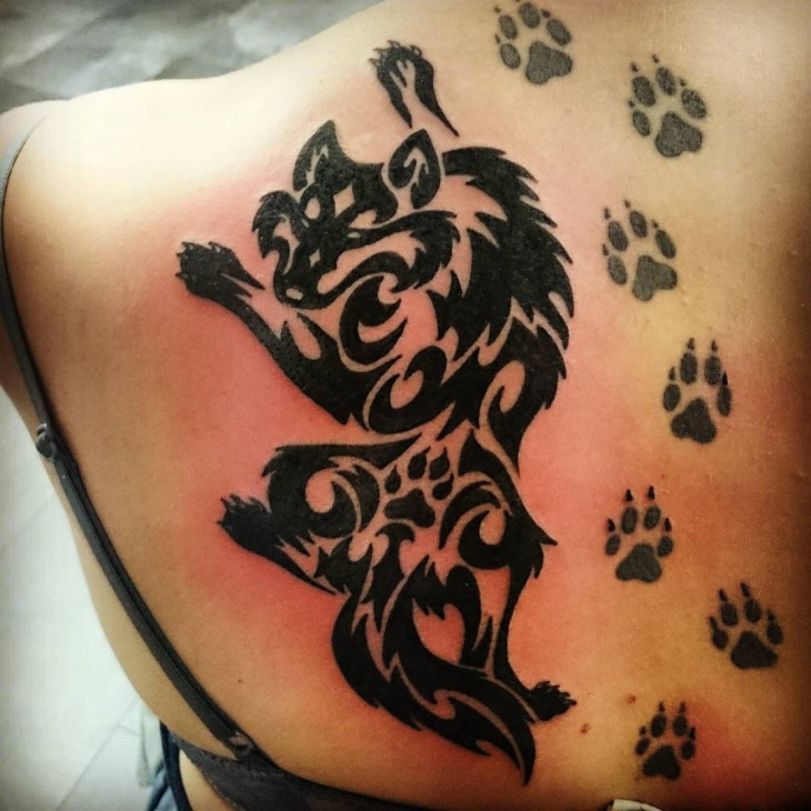 tribal wolf shoulder tattoo