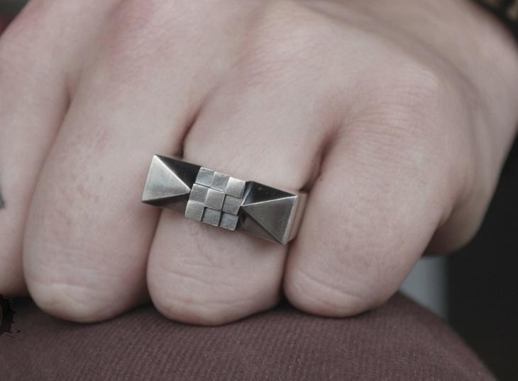 Mens Prism Ring
