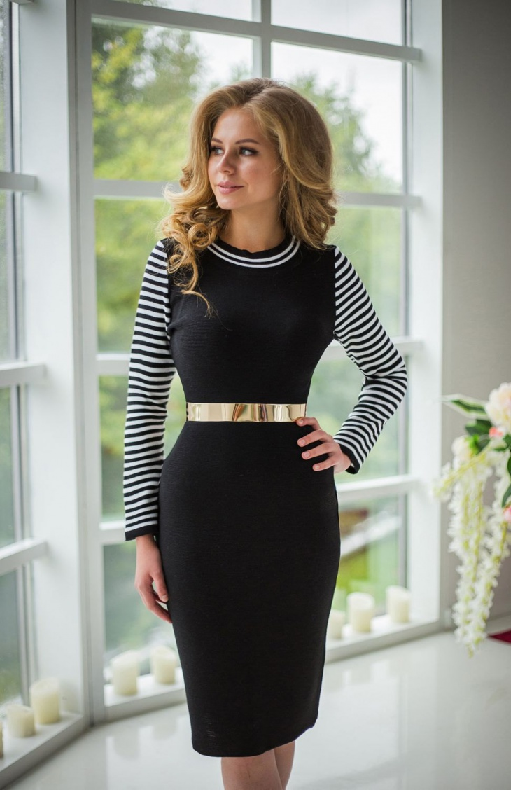 long sleeve black and white striped dress