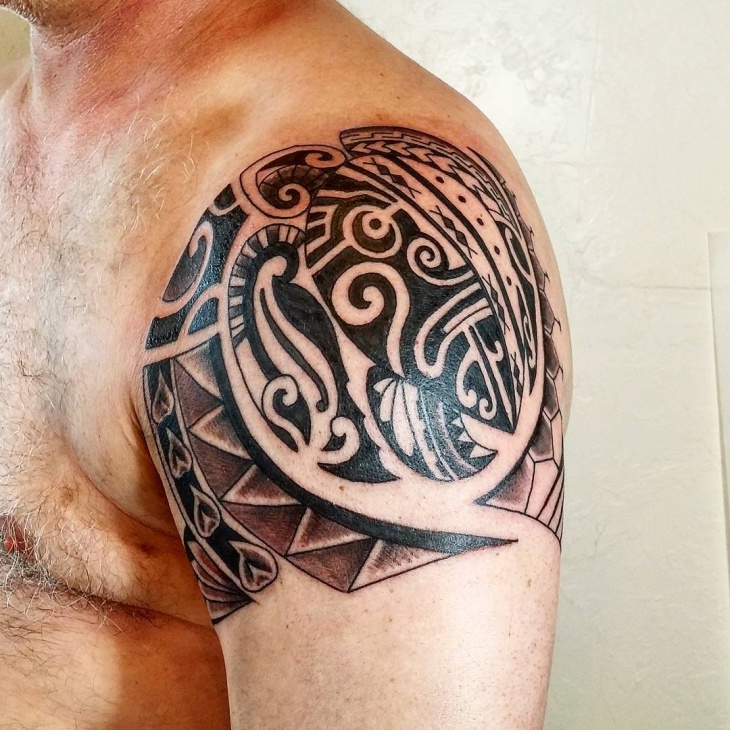 Polynesian Turtle Shoulder Tattoo