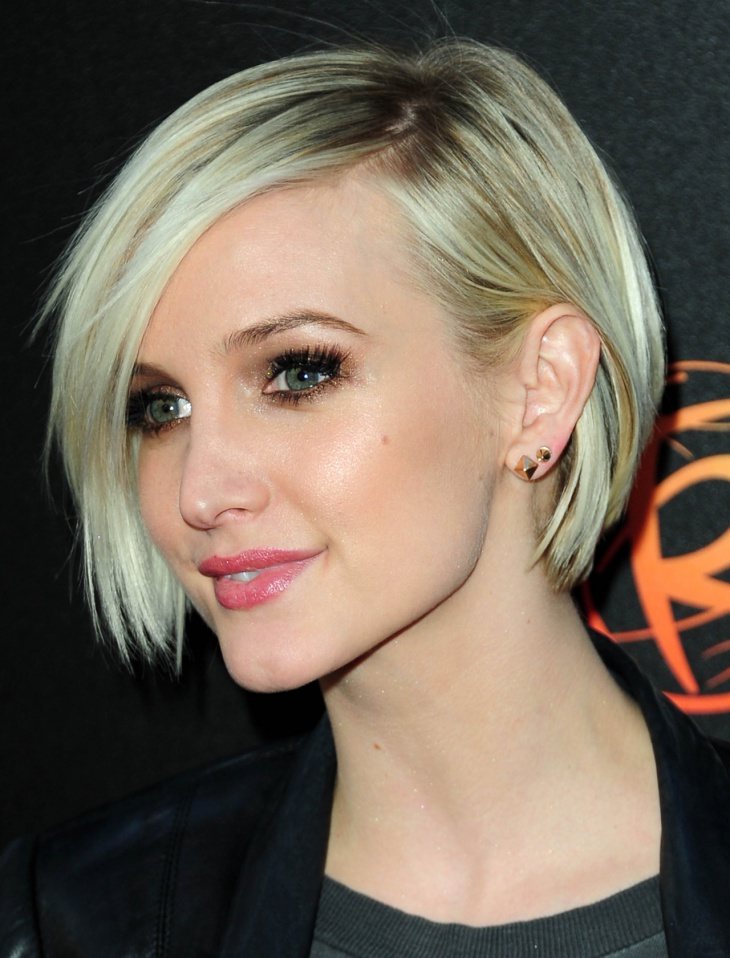 ashlee simpson short asymmetrical layered bob haircut