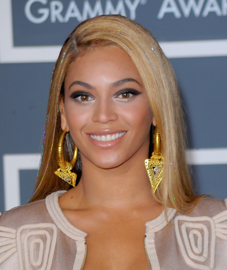 Beyonce Smokey eye Prom Makeup