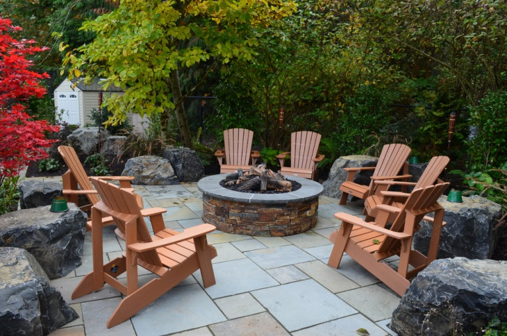 stone brick outdoor fire pit