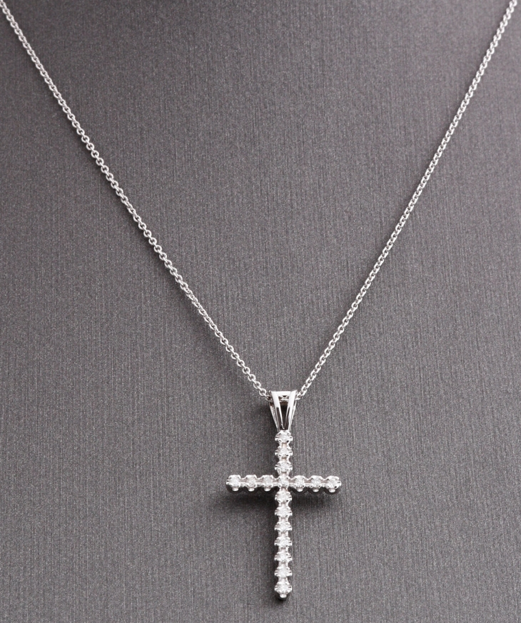 white gold cross necklace design