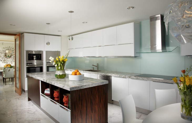 kitchen counter glass backsplash