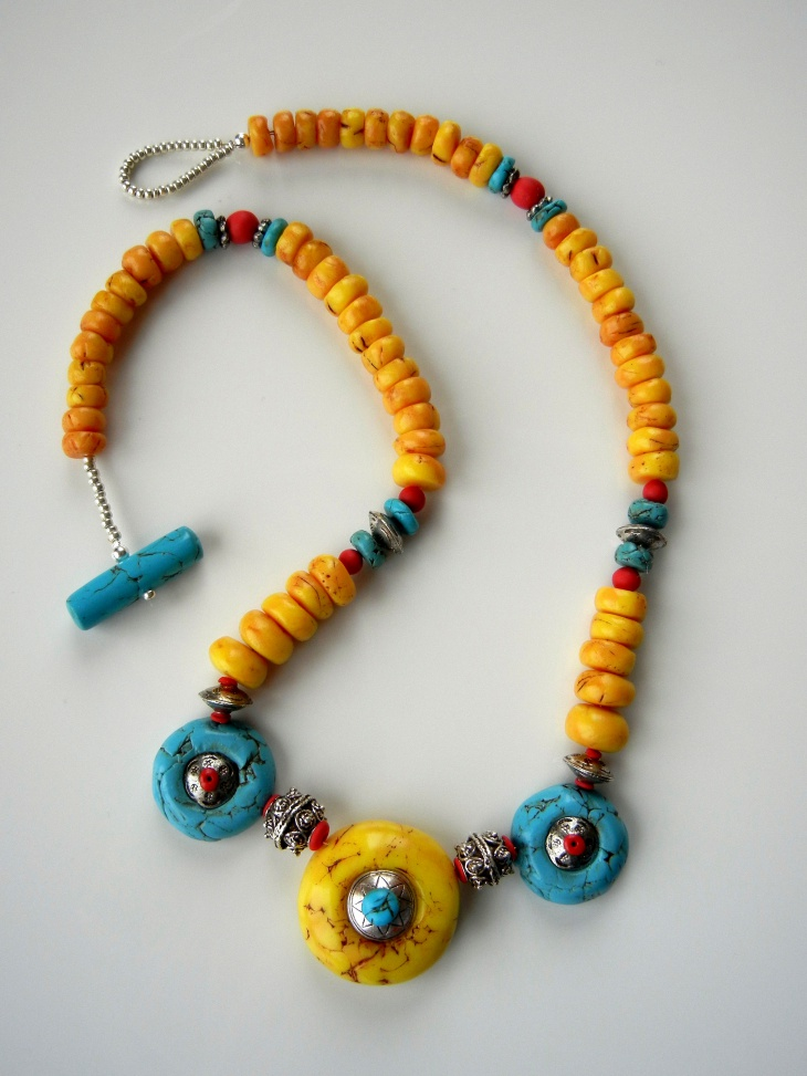 faux turquoise statement necklace