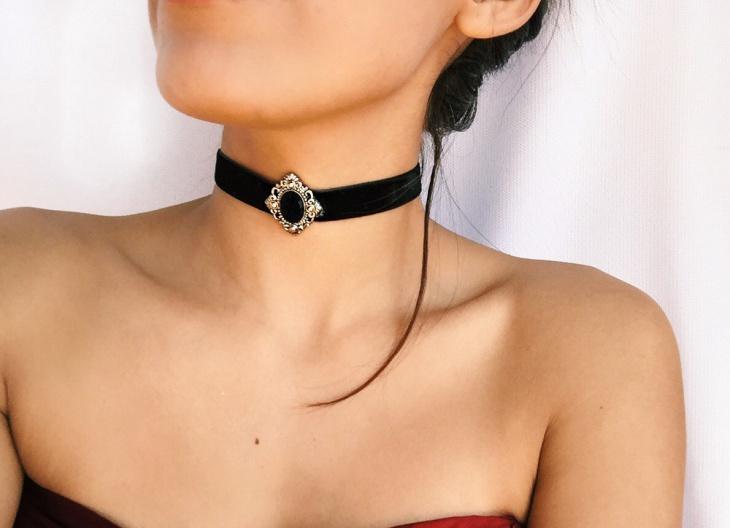 black gothic choker necklace