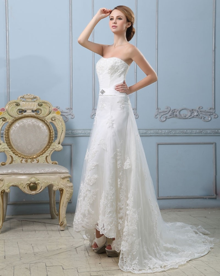 strapless vintage lace wedding dress1
