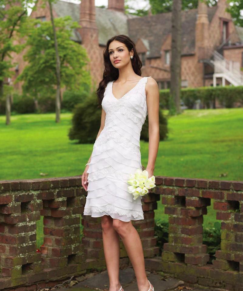 lace beach short wedding dress