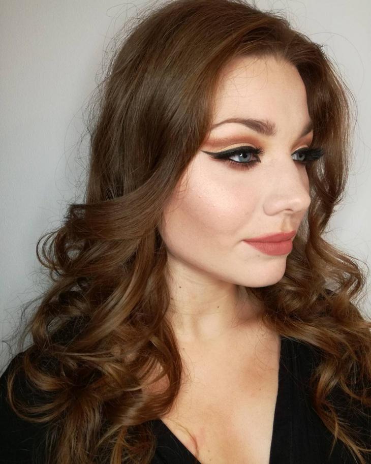 cat eye halloween makeup