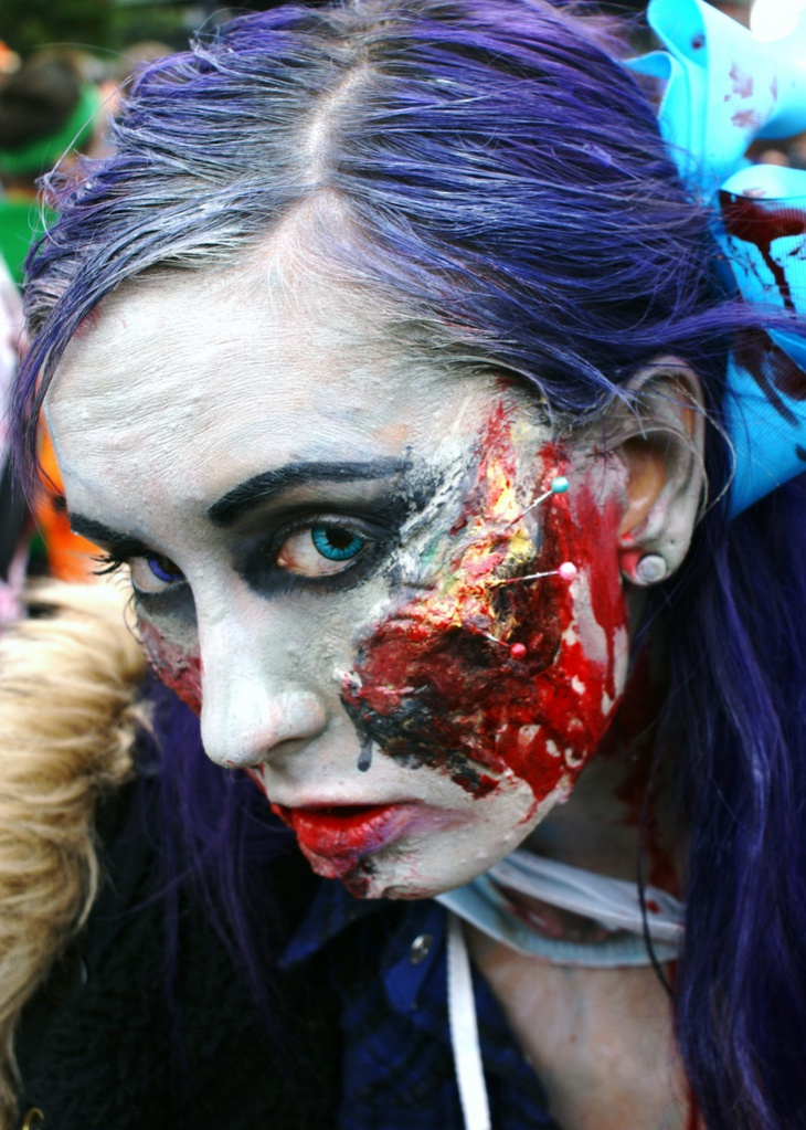 scary zombie makeup