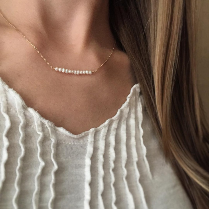 tiny gold pearl necklace
