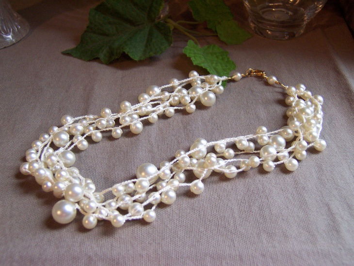 vintage layered pearl necklace