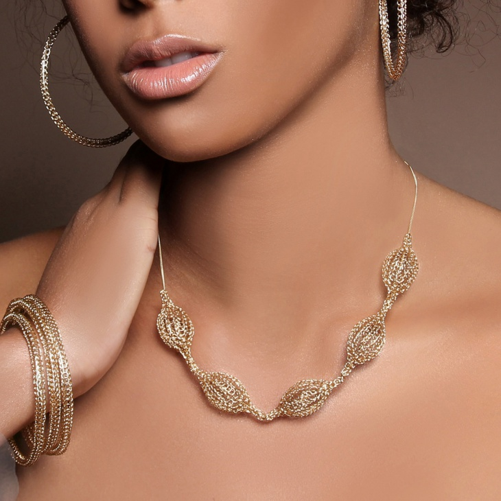 gold bead necklace for women