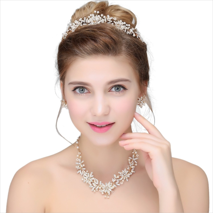 gold bridal crystal flower necklace