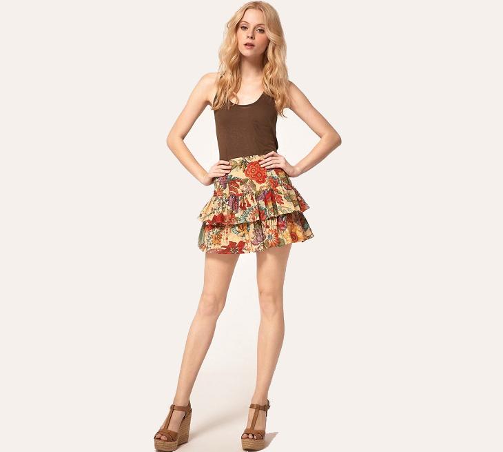 floral mini flippy skirt
