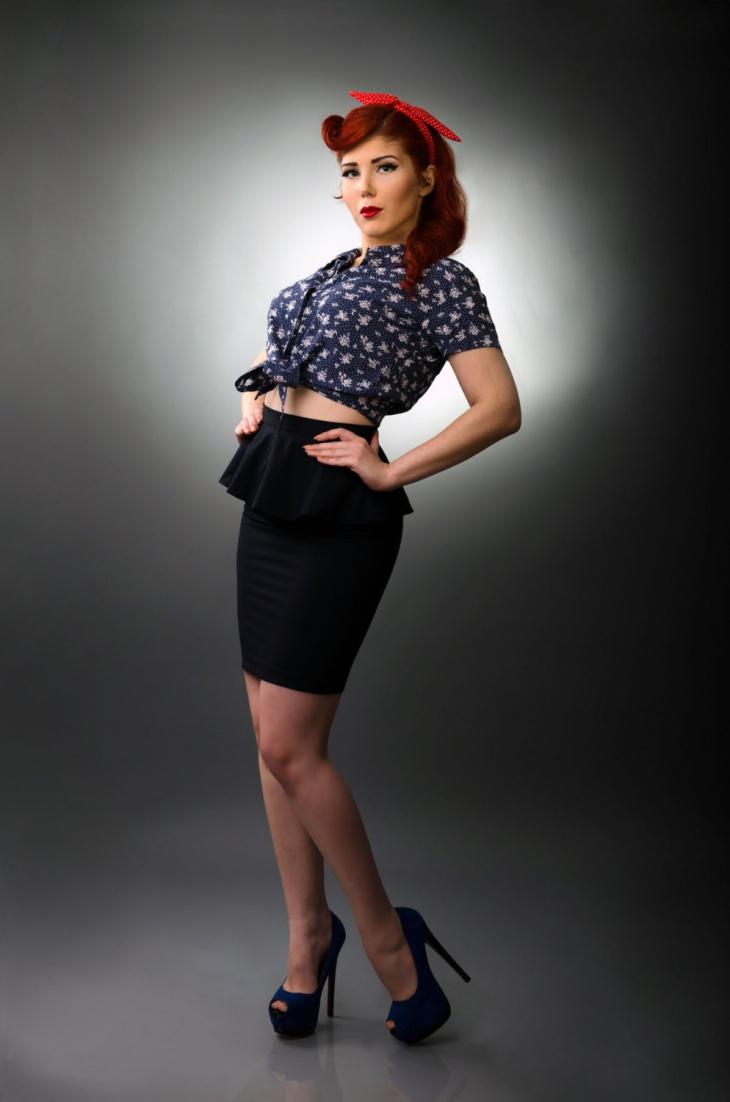 vintage bodycon mini skirt