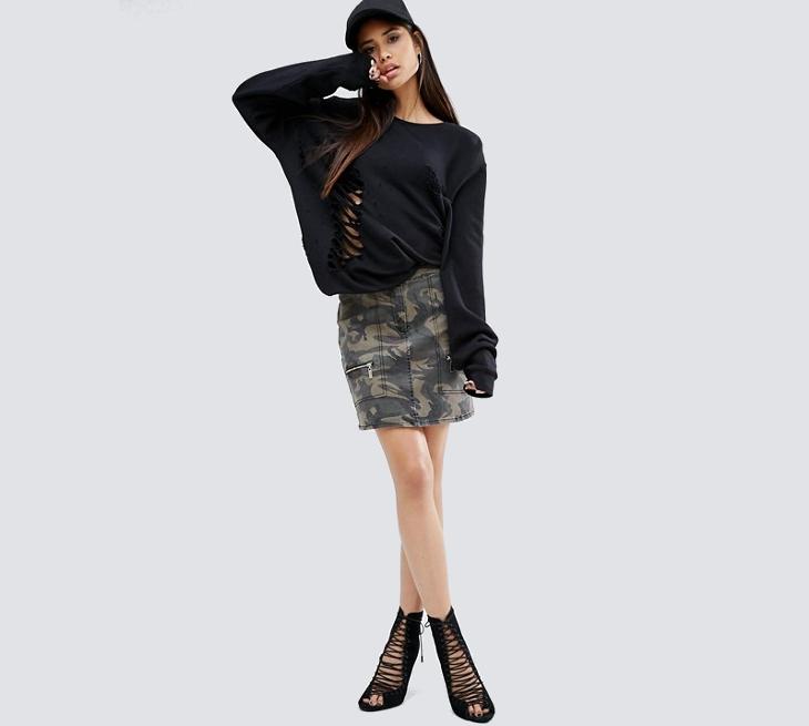 pocket camo mini skirt