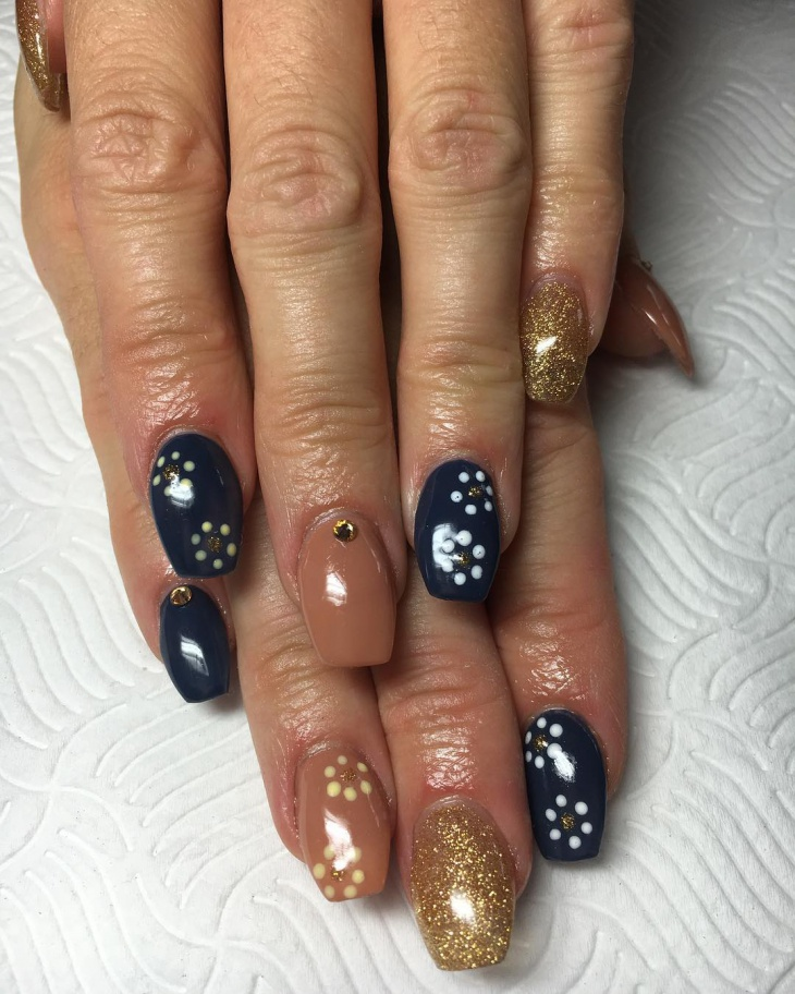 glitter gold coffin nail design