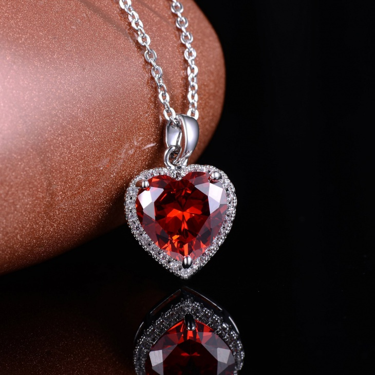 ruby heart pendant necklace