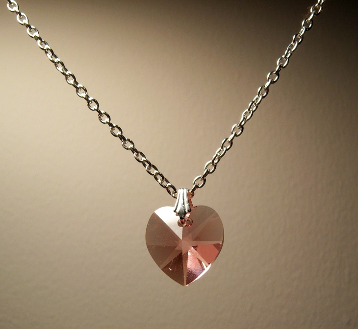 crystal heart pendant necklace1