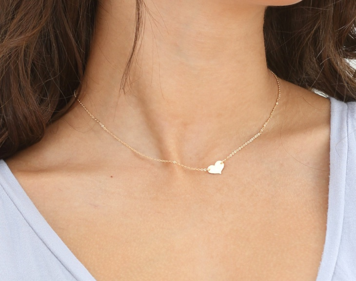 gold small heart necklace