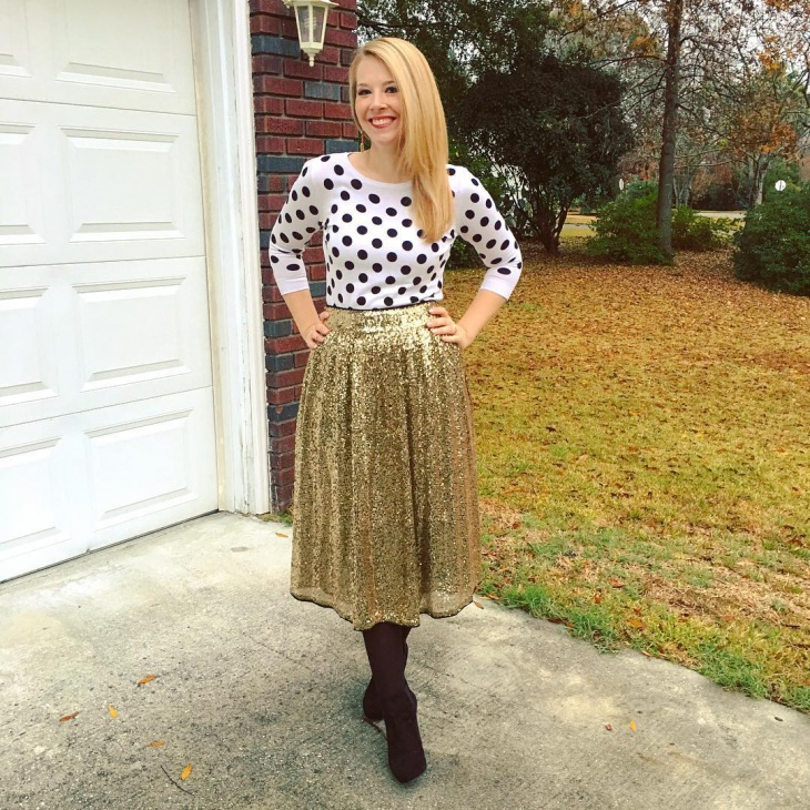Casual Sequin Full Skirt Outfit