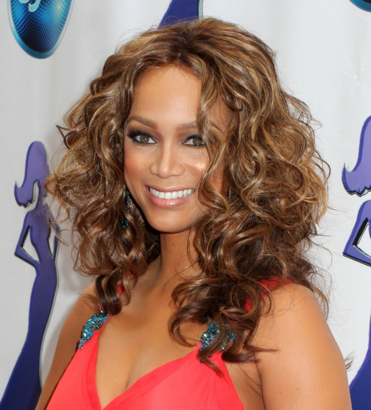 Tyra Banks Medium Length Curly Hairstyle