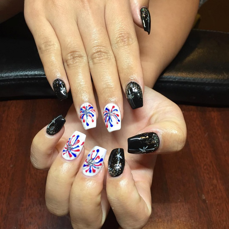 awesome new year eve nail design