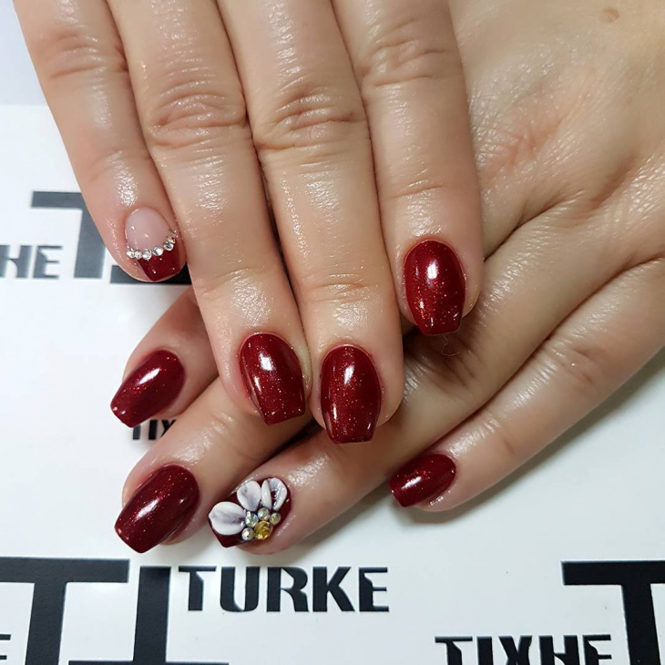 red new year party nails