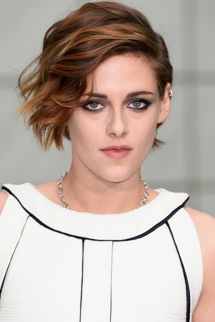 kristen stewart medium length pixie hairstyle