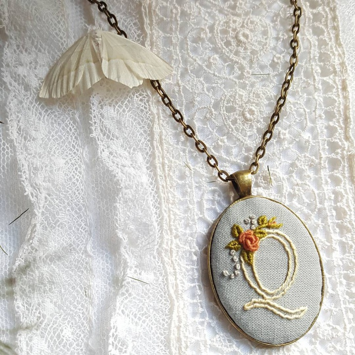 initial pendant embroided necklace