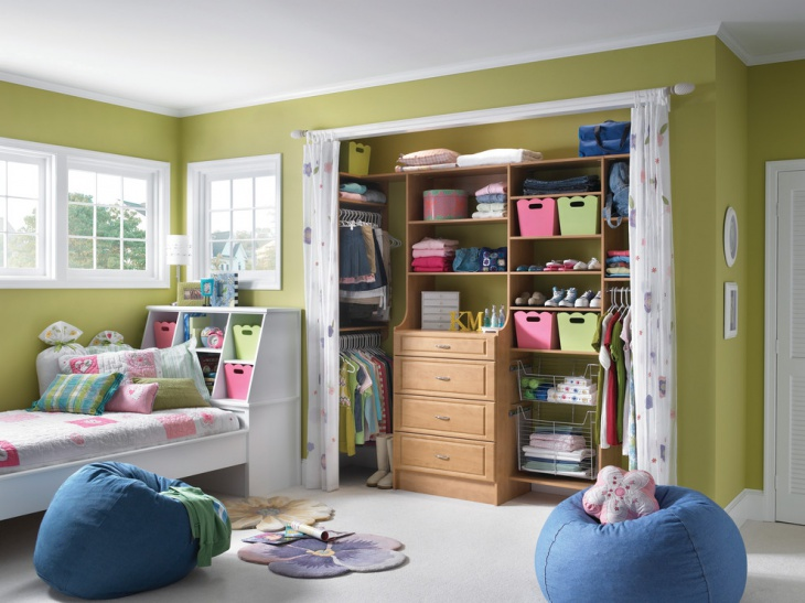 kids bedroom walk in closet