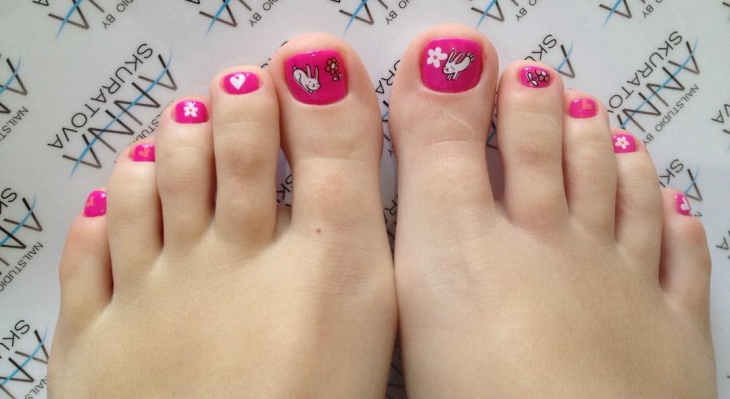 shellac toe pink nail art