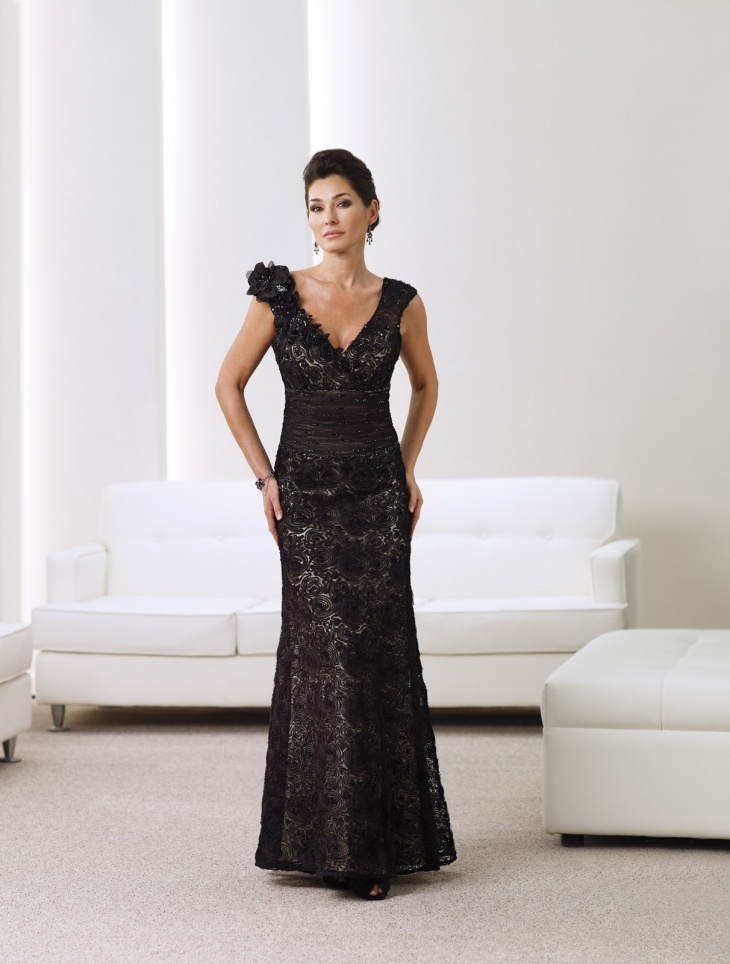 Sleeveless Black Wedding Guest Dress
