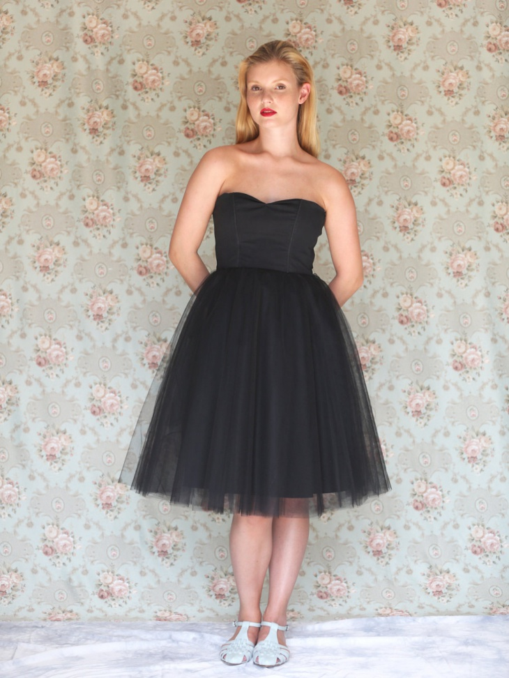 Strapless Black Wedding Tulle Dress