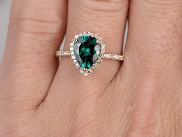 womens pear shaped green engagement ring