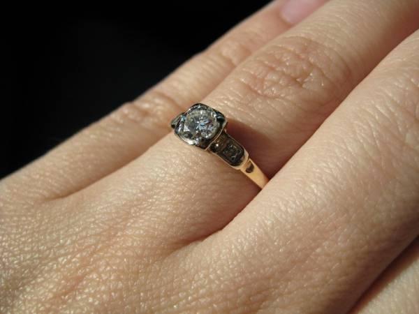 vintage engagement diamond ring for women1