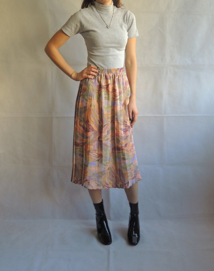 pleated midi gray skirt1